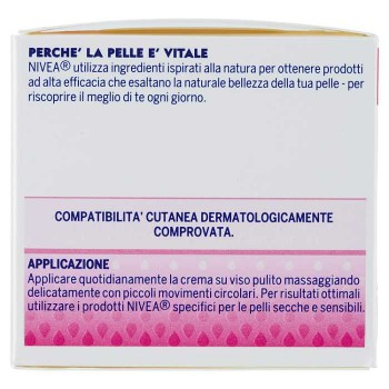 Nivea Essentials Super...